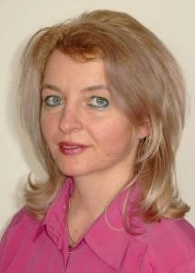 Dr. Adriana F. SESTRAS